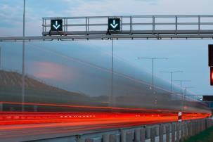Na těchto úsecích dálnic se bude měřit a pokutovat rychlost